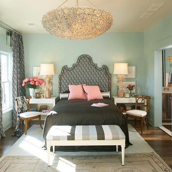 palette of colors makes this the ideal master bedroom retreat